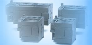 PLC是一种专门为在工业环境下应用而设计的数字运算操作的电子装置。它采用可以编制程序的存储器,用来在其内部存储执行逻辑运算、顺序运算、计时、计数和算术运算等操作的指令,并能通过数字式或模拟式的输入和输出,控制各种类型的机械或生产过程。PLC及其有关的外围设备都应该按易于与工业控制系统形成一个整体,易于扩展其功能的原则而设计。
