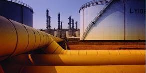 流体系统中,因开泵、停泵、开关阀门过于快速,使水的速度发生急剧变化,特别是突然停泵会引起水锤。水锤可以破坏管道、水泵、阀门等,并引起水泵反转,管网压力降低等。在工业中绝大多数的管路系统必然是由多个回路构成的,对于每一个回路都有特定的流量需求,也就是流体的配平。此背景下,如何精确预测各系统压力、温度、流速、流量等参数变化成为设计优化的先决条件。Flowmaster作为全球领先的热流体系统仿真分析软